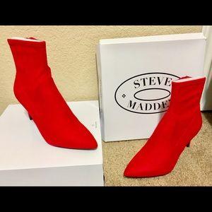 d8025bcad56 Hot Steve Madden Lava Booties 🔥 💥